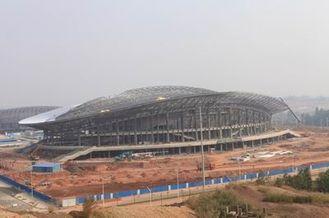 Китай Структура OEM стальная, полуфабрикат здания ферменной конструкции металла трубы и стадионы спортов поставщик