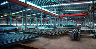 Китай Электрические гальванизированные, покрашенные системы стали обрамляя, структурный заключать контракт стальных изделий поставщик